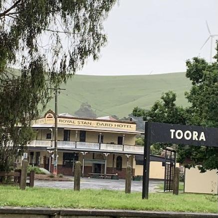 Toora